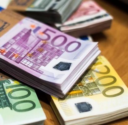 """Beviltiškomis pripažintos skolos """"nusinešė"""" 22 su puse tūkstančio eurų"""