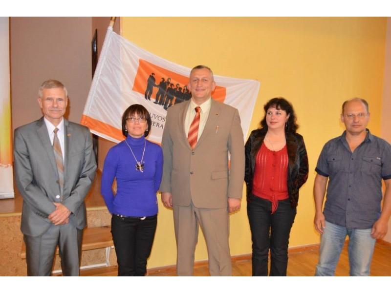 Iš kairės į dešinę:  Arvydas Dočkus, Dalia Perepliotovienė, Eimutis Židanavičius, Snieguolė Pleškienė, Remigijus Makauskas.