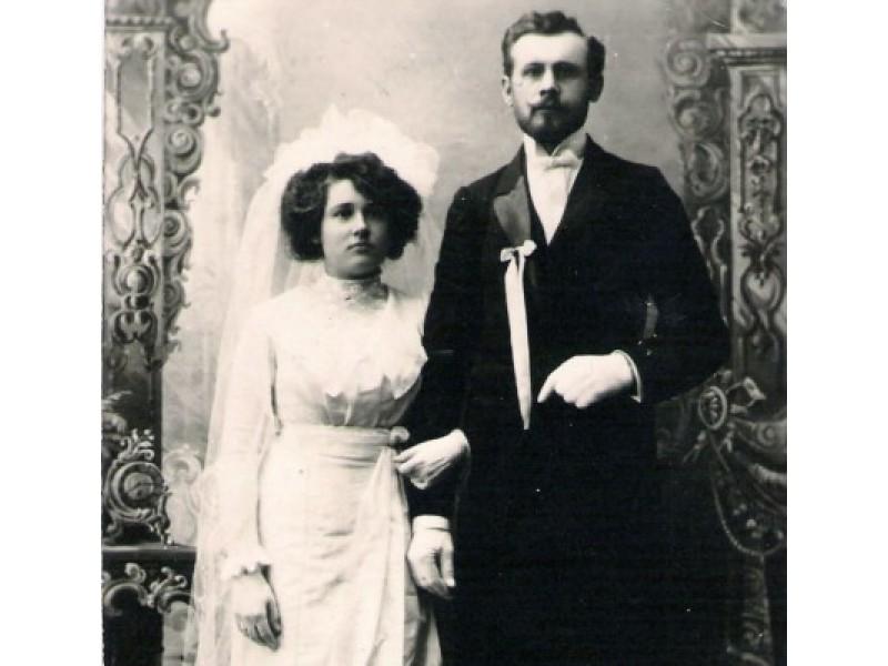 1913 m. I. Stropaus vestuvės.