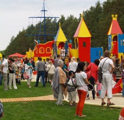 Atidarytas Vaikų parkas – mažytis, bet seniai lauktas Disneilendas