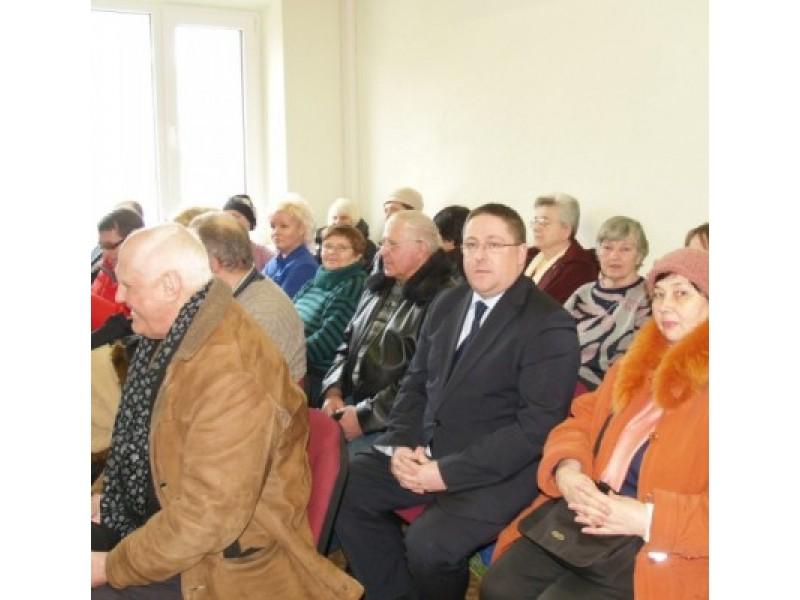 Antradienį Palangos miesto apylinkės teismo posėdžių salė vos talpino Kurhauzo ateitimi susirūpinusius visuomenės atstovus.