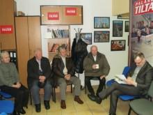 """Praėjusį antradienį """"Palangos tilto"""" skaitytojai susitiko redakcijoje kavos puodeliui su UAB """"Palangos šilumos tinklai"""" direktoriumi Rimantu Gliožeriu."""