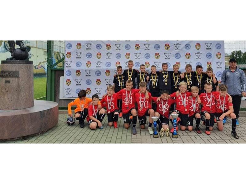 """Hegelmann Cup Kaunas 2020 geriausi - Palangos futbolo klubo """"Gintaras"""" 2011 bei 2013 metais gimusių berniukų komandos"""