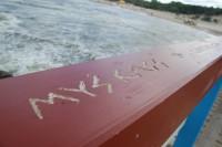Palangos tiltą darko pamišę įsimylėjėliai bei žvejai