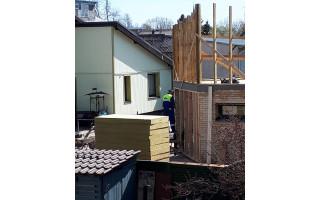 """""""Nepėsčioji"""" Nijolė Štarienė: """"Kaimynas toliau """"remontuoja"""" stogą – stato antrą aukštą"""""""
