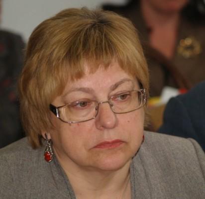 E. Kuznecova.