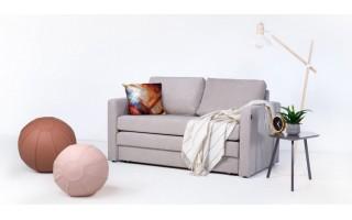 Universaliausias svetainės baldas: sofa lova