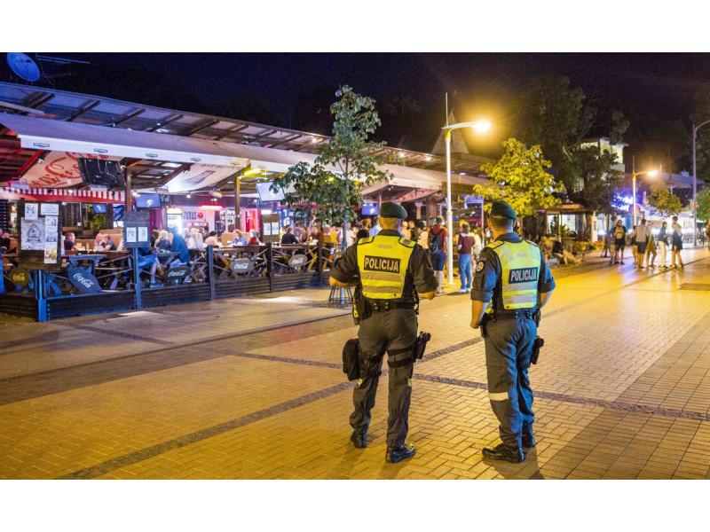 Vytauto gatvėje jaunuolių grupė užpuolė ir sumušė vėlyvą praeivį