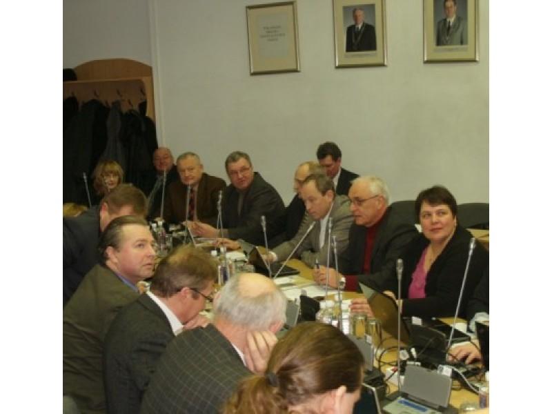 Dėl opozicijos demaršo – neeilinis Tarybos posėdis