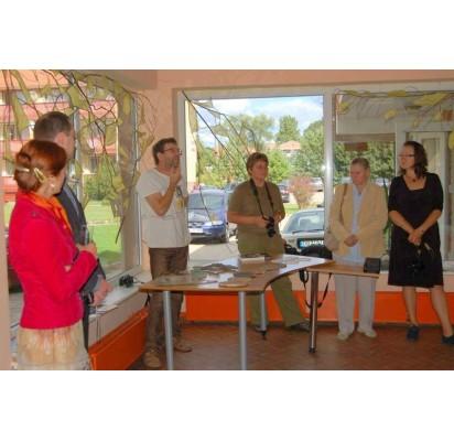 Simpoziumo dalyviai D.Čistovaitė, jos vyras Vasilijus, A.Makštutis, V.Gaudiešiūtė, S.Želntės mama ir D.Kviekštaitė