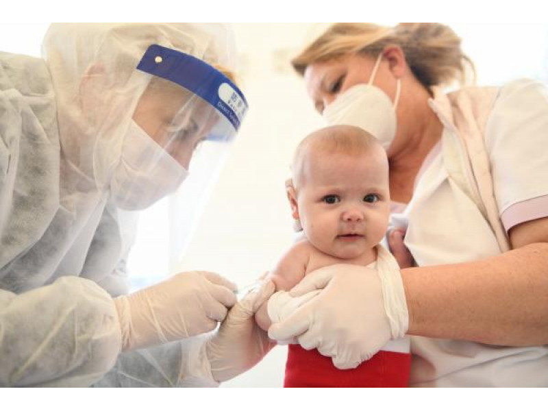 Artėjant mokslo metams pasirūpinkime vaikų sveikata – skiepyti nuo COVID-19 ligos galima dvylikamečius ir vyresnius