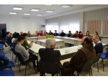 Vyksta Apvaliojo stalo diskusija apie tautiškumo išsaugojimą, globalizaciją, laisvę...  Kazimiero Galinauskio nuotr.