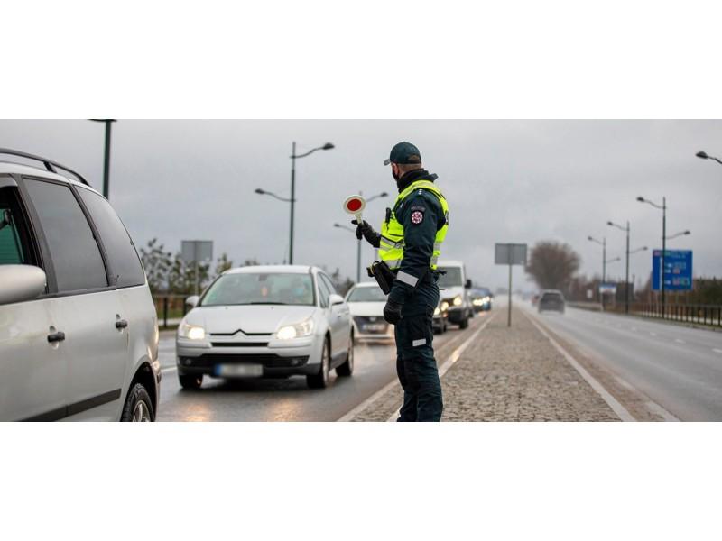 Savaitgalį Palangoje patikrinta 3443 automobiliai, nepraleistų nebuvo, nustatyta 60 pažeidimų