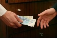 Į pirmą posėdį Korupcijos komisija renkasi tik baigiantis vasarai