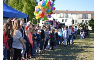 Mažieji smagiai šventė Tarptautinę vaikų gynimo dieną