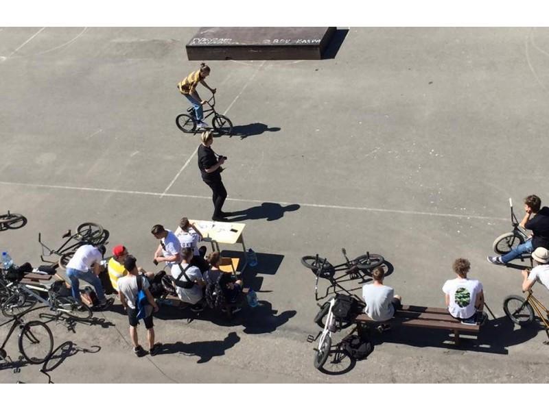 """""""Motorizuoti ir nepavojingi"""" – dviračių diena """"GAME of BIKE"""""""