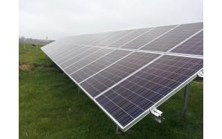 Auganti saulės elektrinių paklausa
