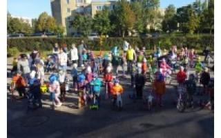 Darželinukai – su dviratukais ir paspirtukais
