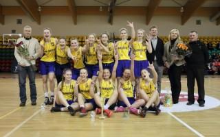 Palangiškės – Lietuvos moksleivių krepšinio lygos jaunių čempionato B diviziono čempionės