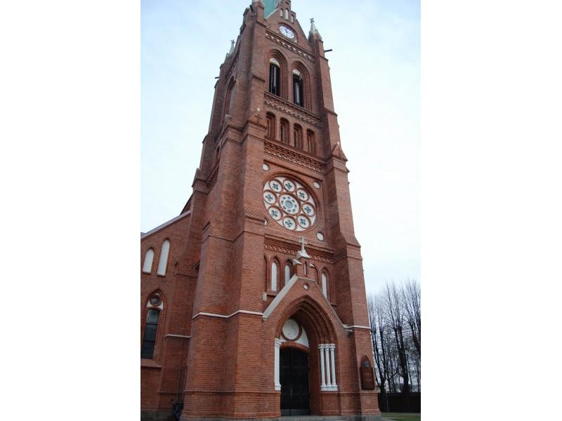 Palangos evangelikų liuteronų parapija pageidavo įrengti automatinę kelio užtvarą ties įvažiavimu į bažnyčios stovėjimo aikštelę.