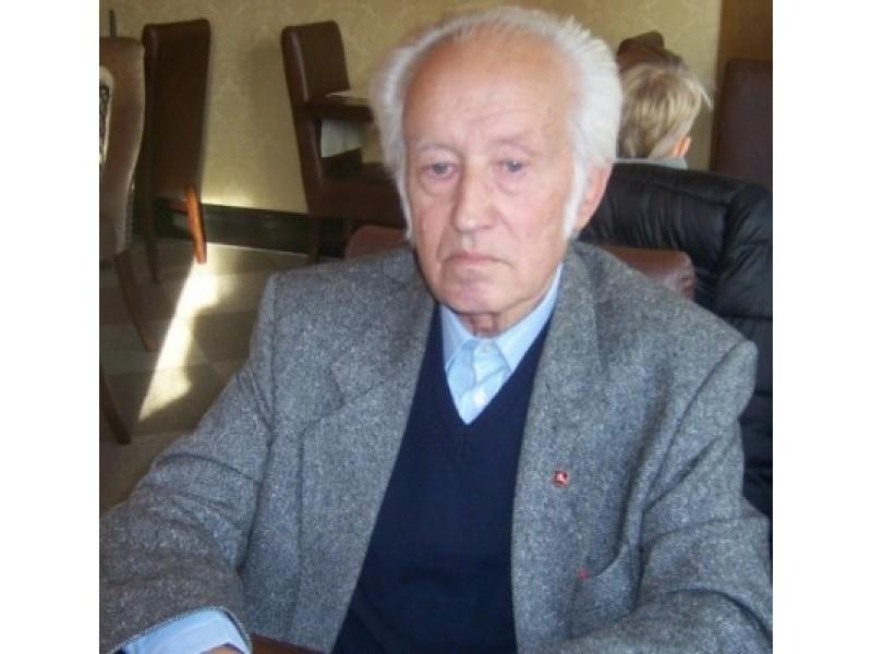 Palangos Senosios gimnazijos lietuvių kalbos ir literatūros mokytojas Jonas Brindza