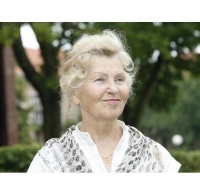 Fitoterapijos puoselėtoja Lietuvoje, Lietuvos veikliosios ilgaamžystės akademijos sekretorė ir vaistažolių ūkio savininkė gyd. Zofija Tikuišienė.  Diena.lt nuotr.