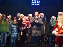 Susirinkusiuosius sveikino meras Šarūnas Vaitkus su šeima.