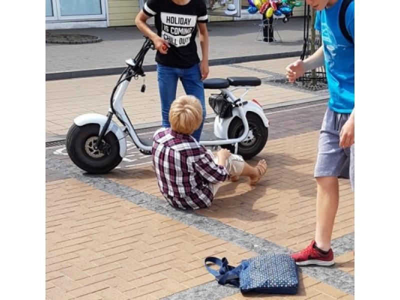 Nuo birželio iki rugsėjo J. Basanavičiaus gatvėje draudžiamas elektrinių paspirtukų, dviračių bei velomobilių eismas
