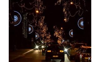 Kalėdų šviesos miestas Palanga suspindo tūkstančiais šventinių lempučių