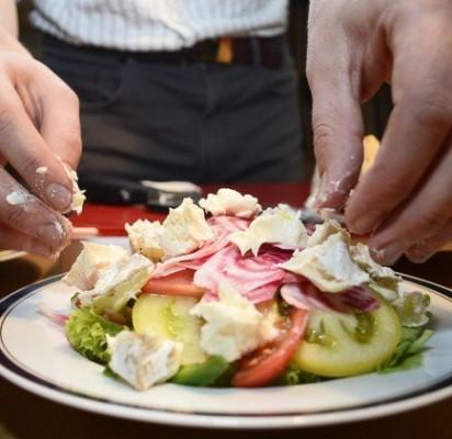 Didžiosios metų šventės – persivalgymo  metas. Kaip to išvengti?