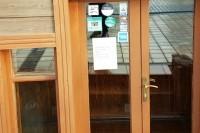 Niūriausią metų mėnesį kavinės pasitinka užrakintos