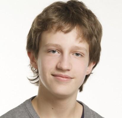 Mokinių savivaldų  informacinio centro laikinuoju pirmininku išrinktas gimnazistas Ž. Mitkus.