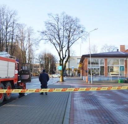 Dėl melagingo pranešimo apie tariamą užminavimą apie porą valandų Palangos autobusų stoties darbas buvo sutrikdytas.