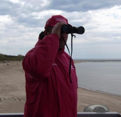 Palangos paplūdimius su nauja komanda dar tris sezonus, iki 2018 metų rugsėjo, prižiūrės Palangos gelbėjimo stoties   vadovas Jonas Pirožnikas.