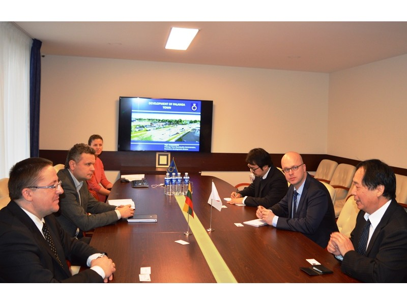 Japonijos ambasadorius Palangoje prabilo lietuviškai