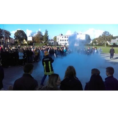 Senojoje gimnazijoje kilo gaisras, mokiniai evakuoti pro langą