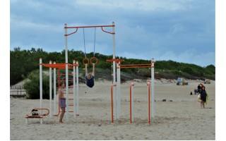 Palangos ir Šventosios paplūdimiuose įrengti treniruokliai