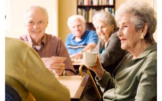 Vyresnio amžiaus gyventojai nuo COVID-19 gali būti pasiskiepyti ir savo namuose