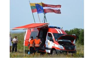 Lietuvos ir Latvijos ugniagesiai gelbėtojai Baltijos pakrentėje išbandė naują techniką