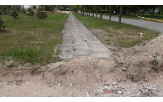 """Po """"Palangos tilto"""" pastangų teritorijos Medvalakio 25A prižiūrėtojui liepta susitvarkyti"""