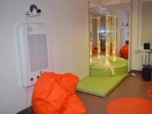 Įrengtas relaksacinis kambarys suburia Centro globotinius ramiems pasisėdėjimams.