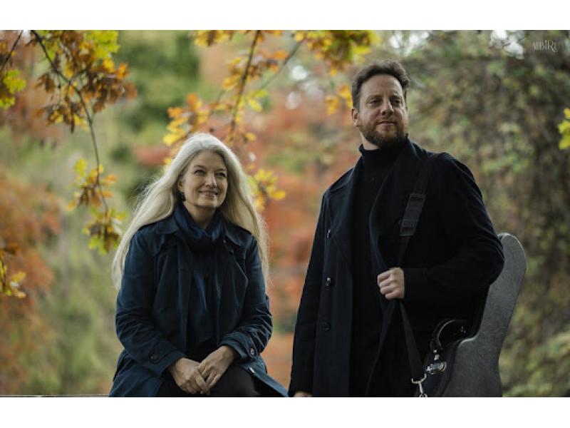 Argentiniečių kilmės dainininkė Maria Cristina Kiehr su kolega Arieliu Abramovičium