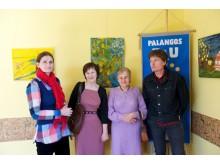 Trečiojo amžiaus universiteto studentai Švietimo pagalbos tarnybos salėje atidarė savo darbų parodą.