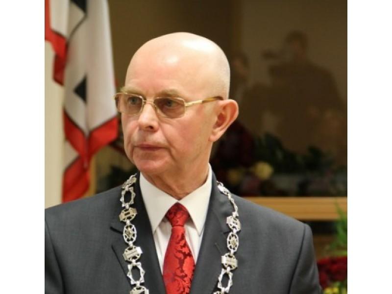 Antanas Vinkus, gydytojas, ambasadorius ir premjero Algirdo Butkevičiaus patarėjas sveikatos klausimais.