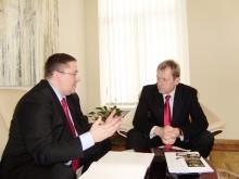 Meras Šarūnas Vaitkus su  kultūros ministru Šarūnu Biručiu.