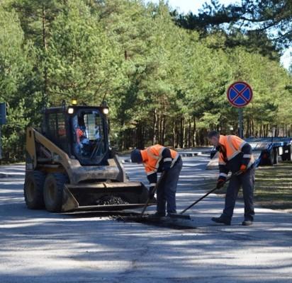 Mieste pradedami gatvių tvarkymo darbai