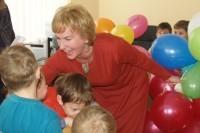 Mildai Kucevičienei – kolegų sveikinimai ir pačių mažiausiųjų dovanėlės