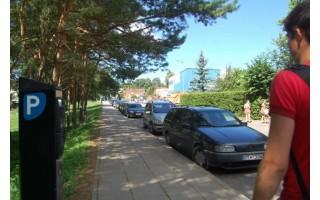 Parkomatų – daugiau, bet mokančiųjų rinkliavą juose – mažai