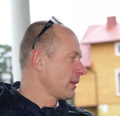 R. Juška.