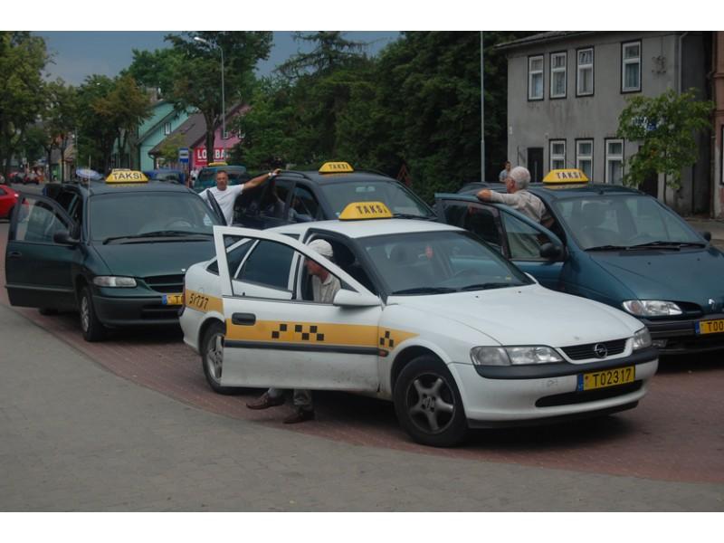 Plėšikiškų taksi kainų kurorte nesibaido tik užsieniečiai ir prakutę emigrantai